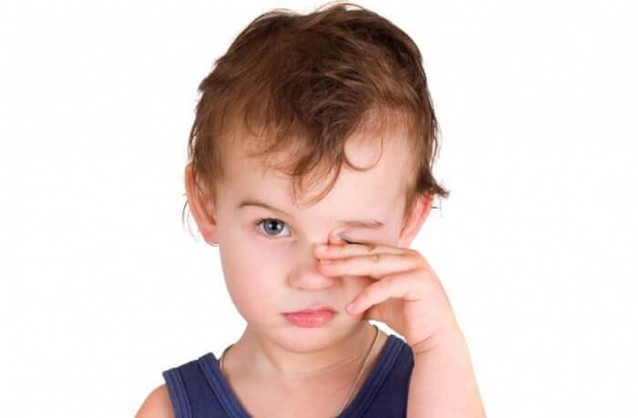 Лікування ячменю на оці у дитини