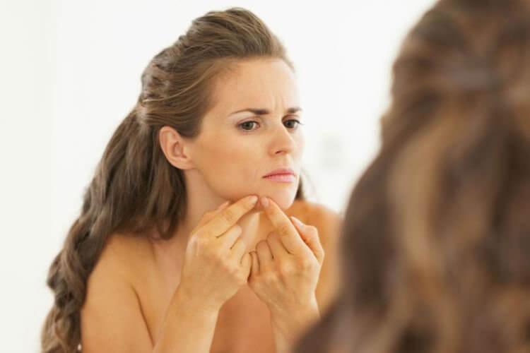 Фурункул на лице: причины, как лечить