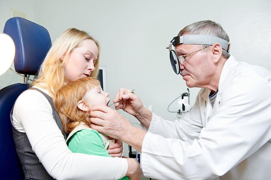 Герпес во рту у ребенка: симптомы, лечение