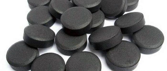 Маска из активированного угля от прыщей: рецепты