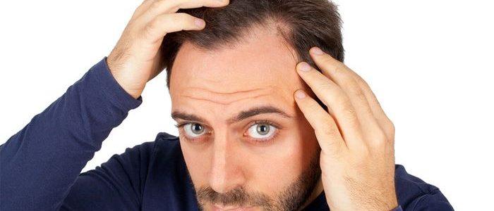 Прыщи на голове: причины, лечение, виды и как предупредить