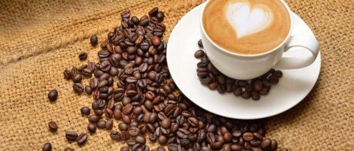Прыщи от кофе: почему появляются, как избавиться